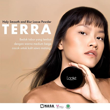 Looke Holy Smooth & Blur Loose Powder Terra
